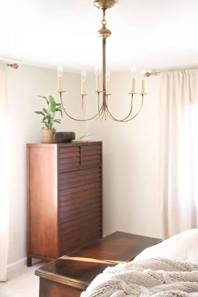 master bedroom light