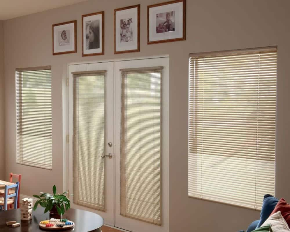 min-blinds